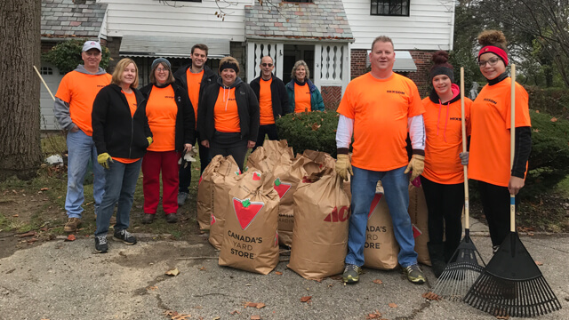 Hixson associates volunteer with People Working Cooperatively